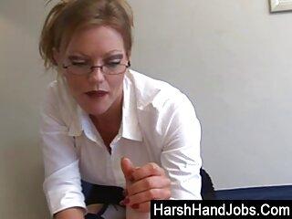 若いヒンディー語セクシーなハードhandjob dehatiは、キッチンで華麗な成長