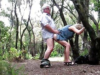 3興味深いロシアの屋外ポルノ映画。 ヒンディー語セクシーガ
