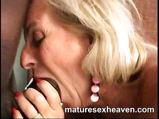 セックスの村Dehati granniesセクシーなオープンとナイフで脅かされました